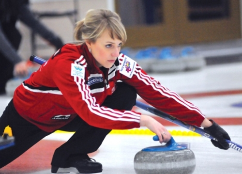 Dailene Pewarchuk wins Kamloops Crown of Curling