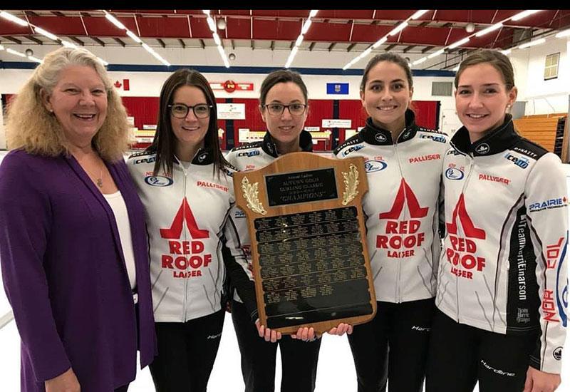 Kerri Einarson wins Curlers Corner Autumn Gold Curling Classic
