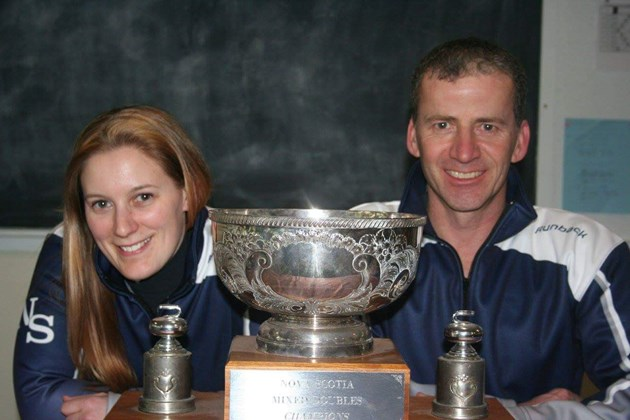 BAXTER/DACEY WIN SERVICE EXPERTS MIXED DOUBLES CLASSIC