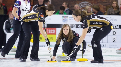 Rachel Homan wins Curlers Corner Autumn Gold Curling Classic