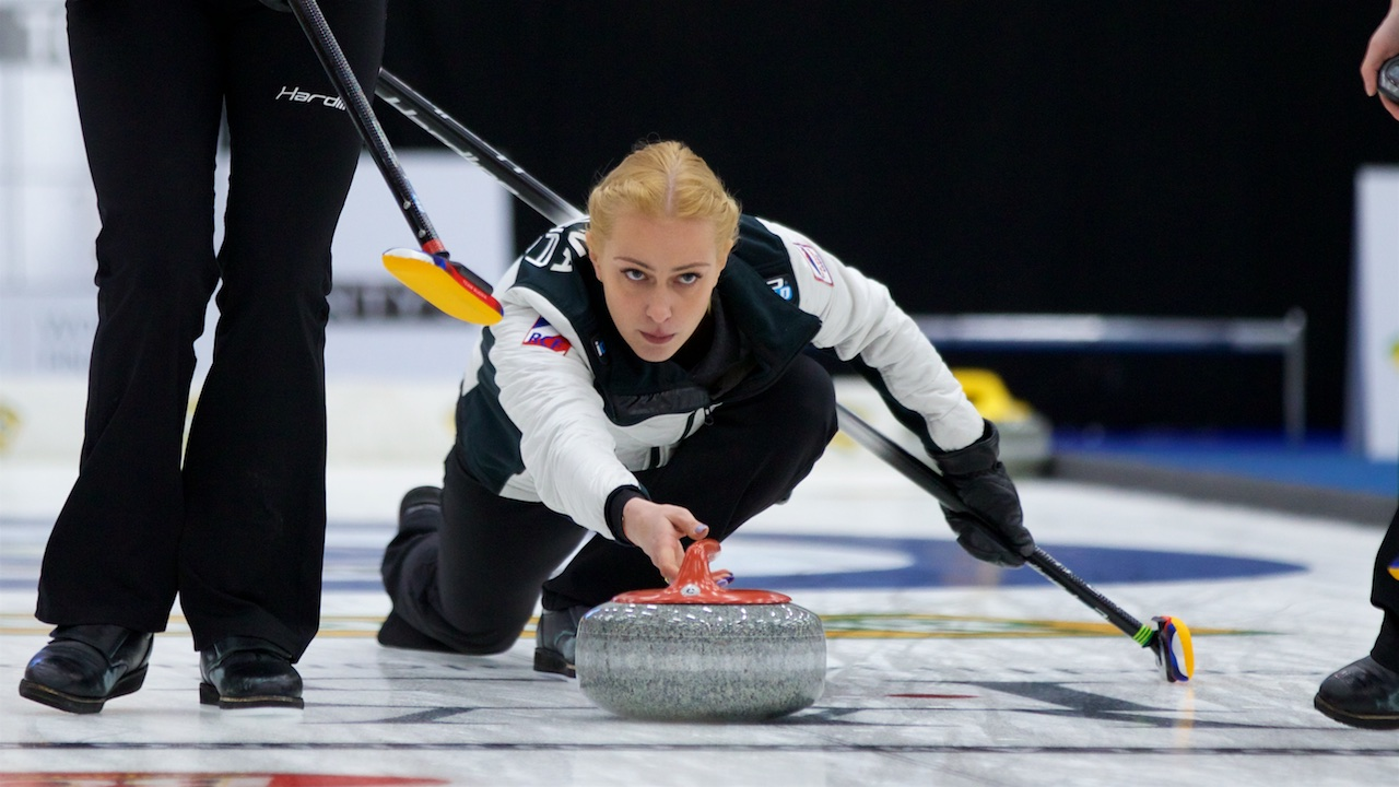 MOISEEVA WINS RUSSIAN OLYMPIC CURLING SERIES
