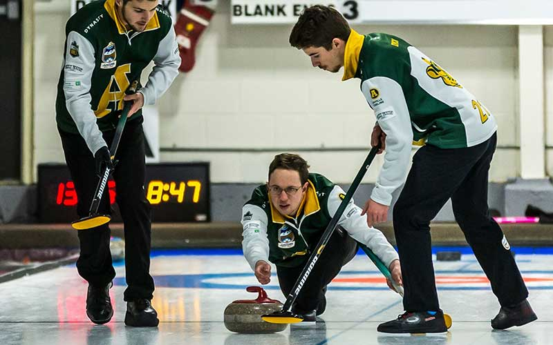 JACQUES RIDES MCKEE HOMES FALL CLASSIC TITLE INTO BANFF