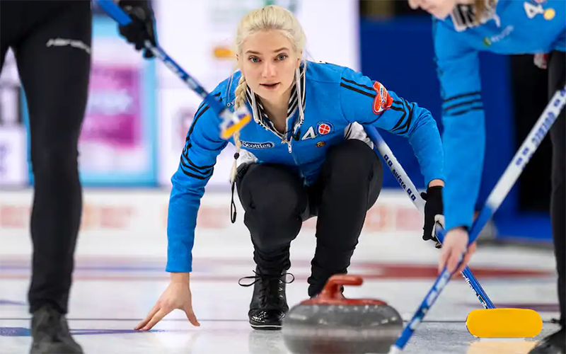 St-Georges picks up after Scotties success